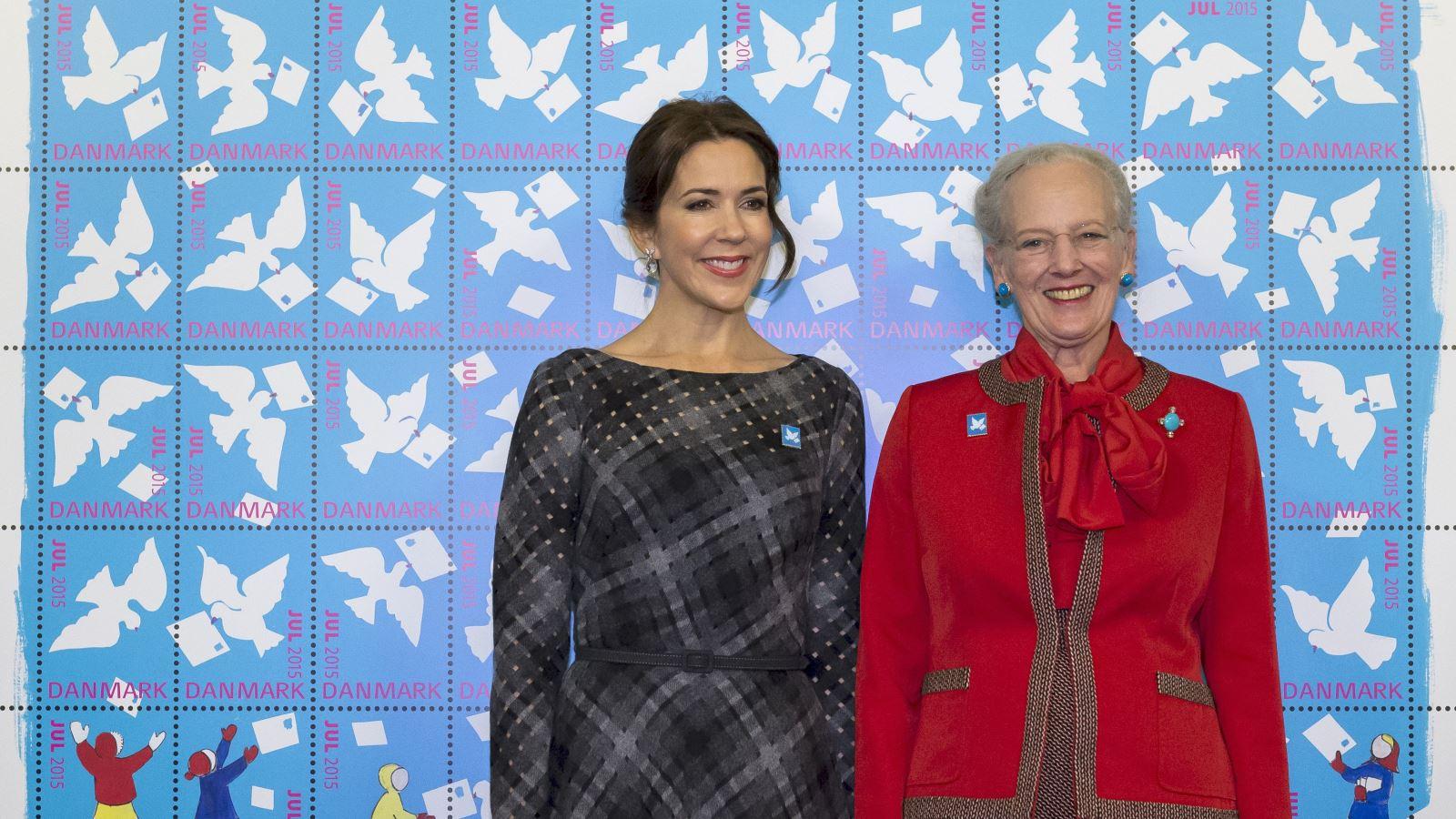 Julemaerket 2015 Dronning Margrethe og Kronprinsesse Mary