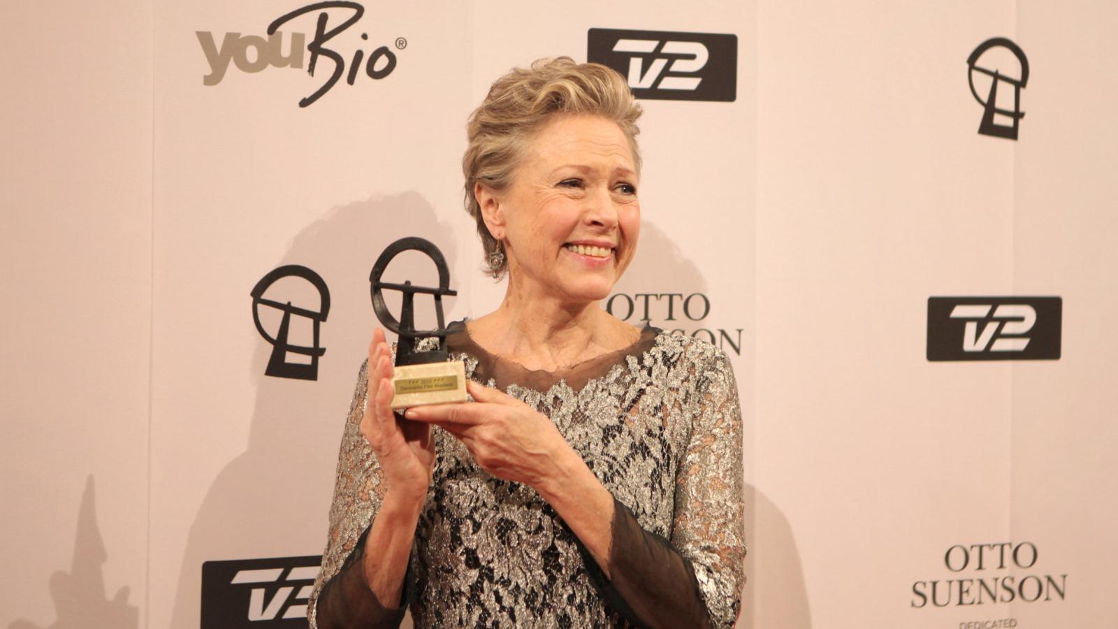 Birthe Neumann vinder Robert-pris for rolle i Julestjerner
