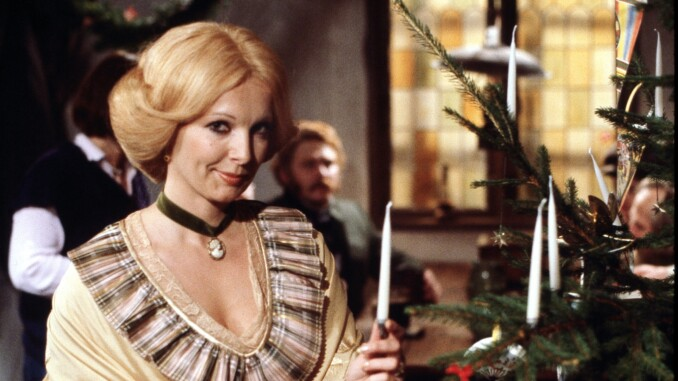 jul i gammelby medvirkende